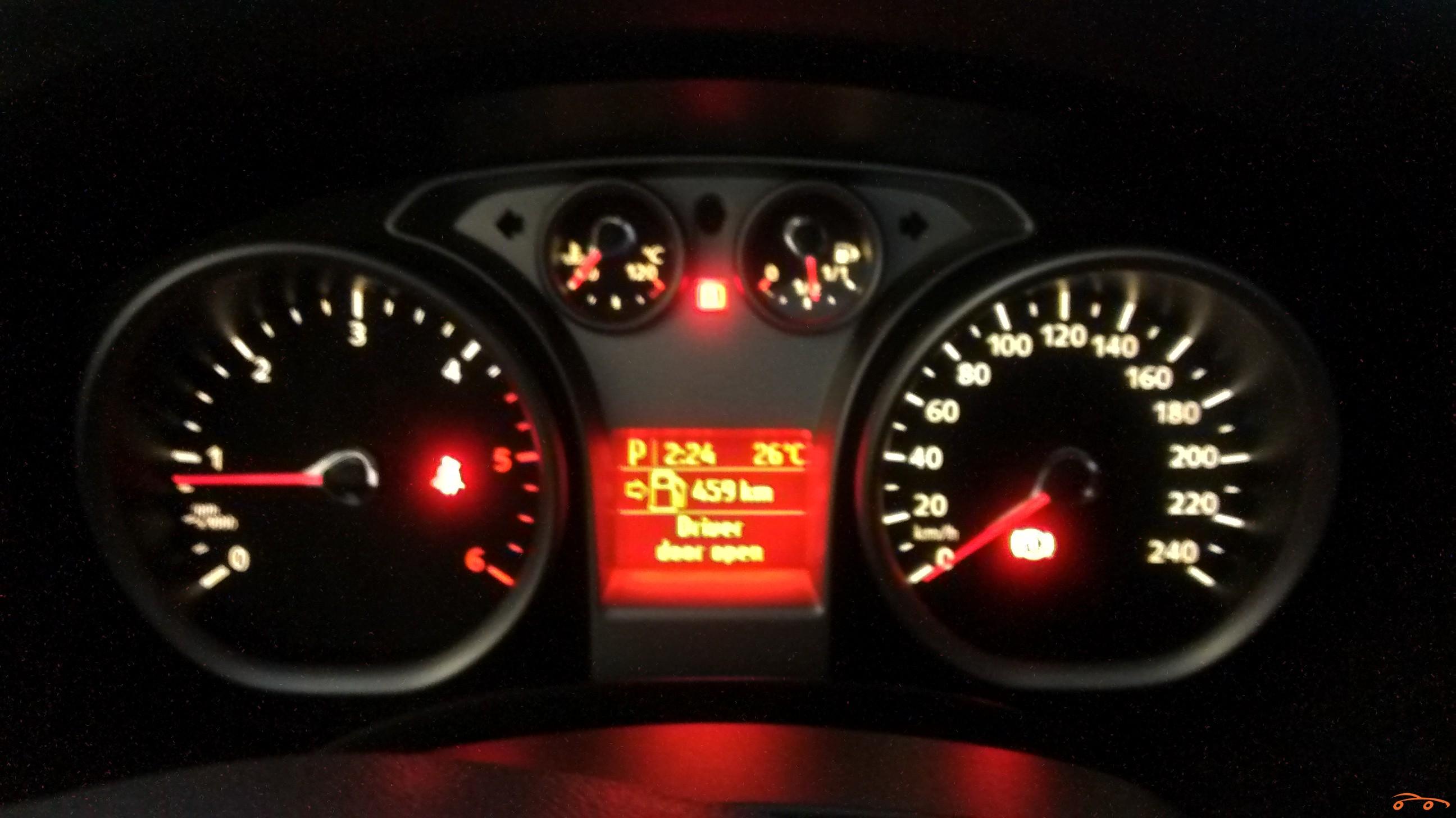 Ford Focus 2011 - 4