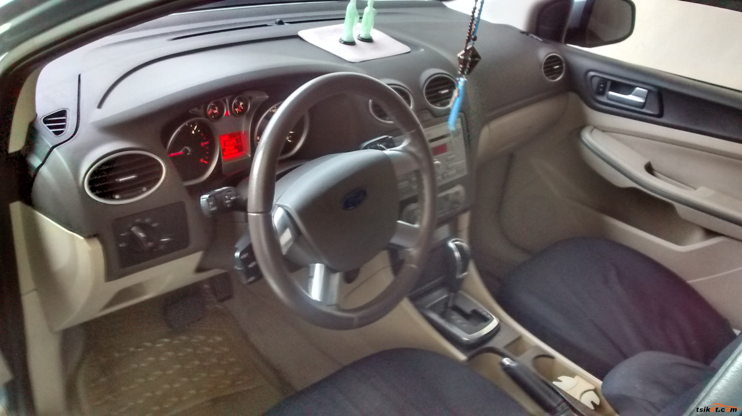 Ford Focus 2011 - 6