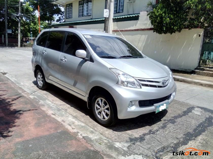 Toyota Avanza 2012 - 2