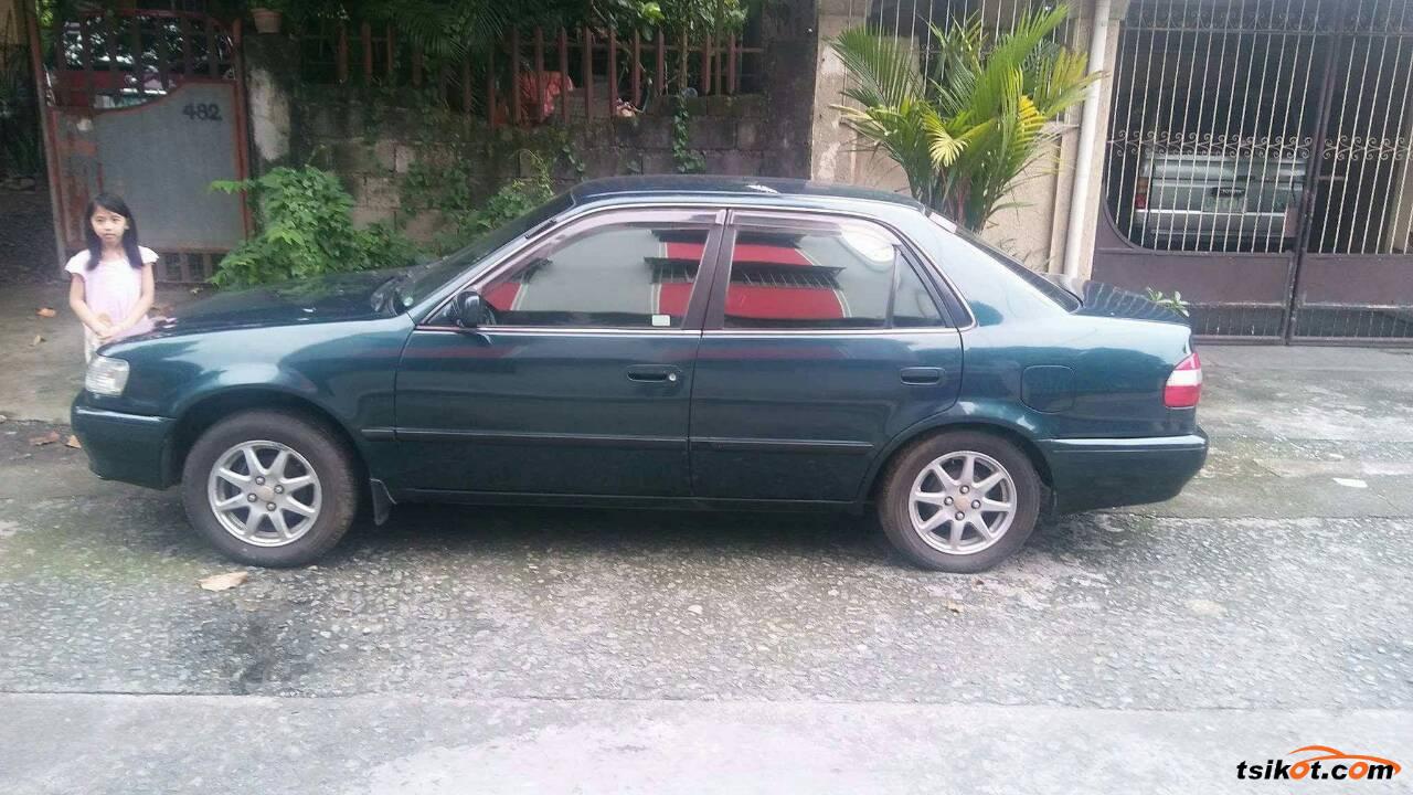Toyota Corolla 1999 - 5