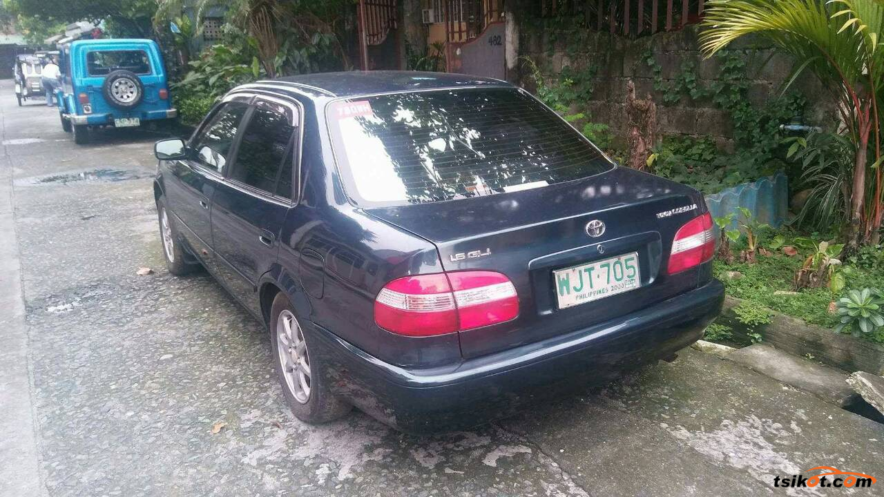 Toyota Corolla 1999 - 6