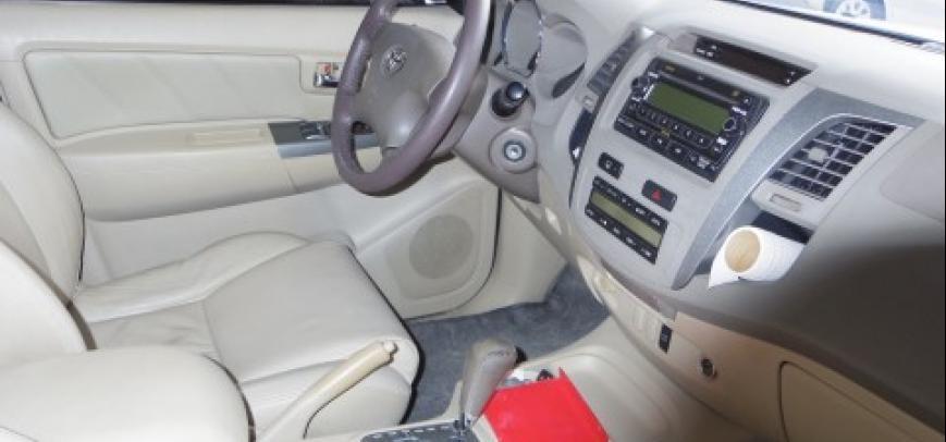 Toyota Fortuner 2007 - 11