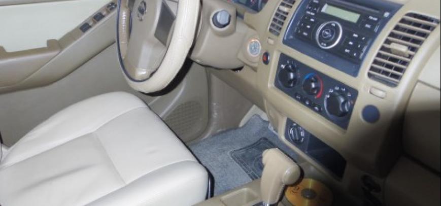 Nissan Navara 2009 - 11