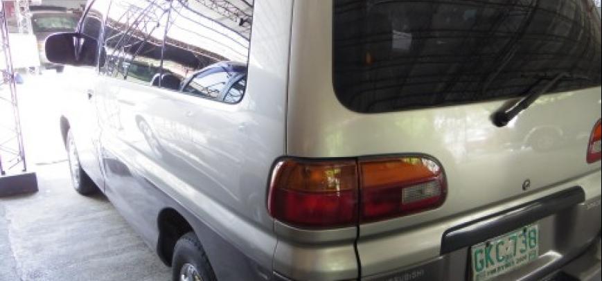Mitsubishi Spacegear 1999 - 4