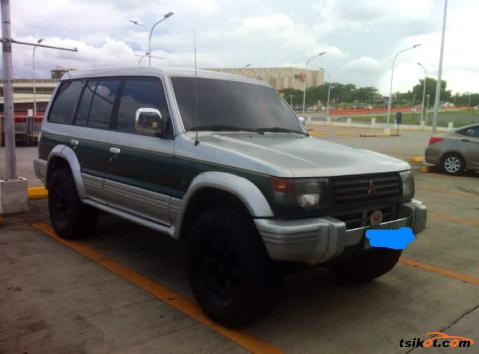 Mitsubishi Pajero 1994 - 1