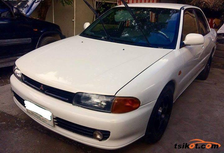 Mitsubishi Lancer 1996 - 6