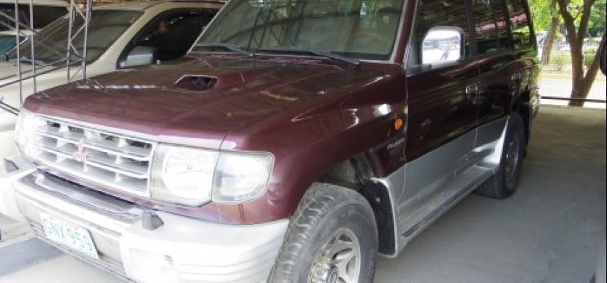 Mitsubishi Pajero 2000 - 1