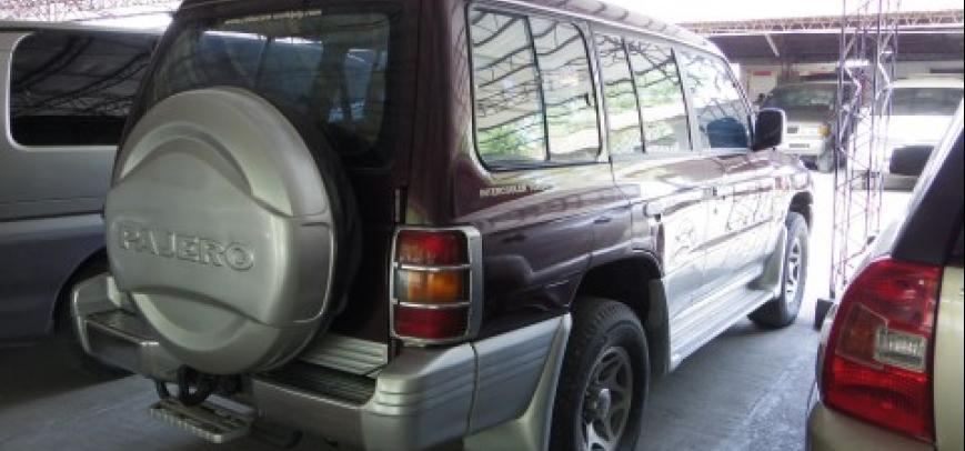 Mitsubishi Pajero 2000 - 4