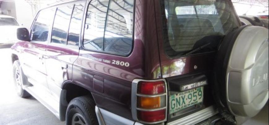Mitsubishi Pajero 2000 - 5