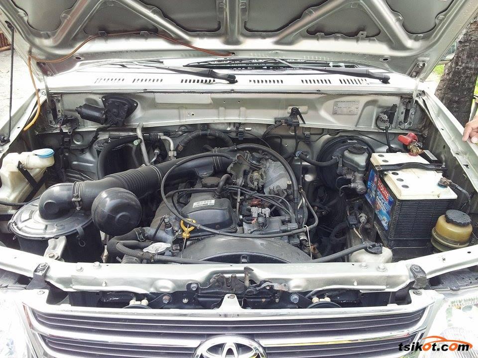 Toyota Rav 2004 - 7