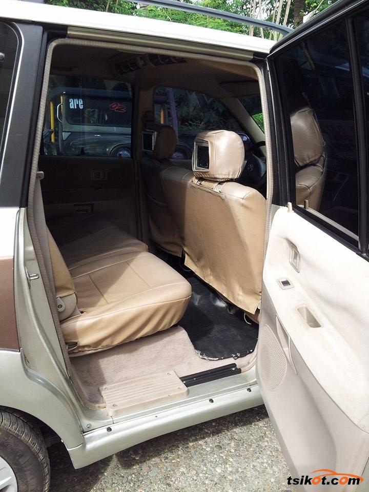 Toyota Rav 2004 - 5