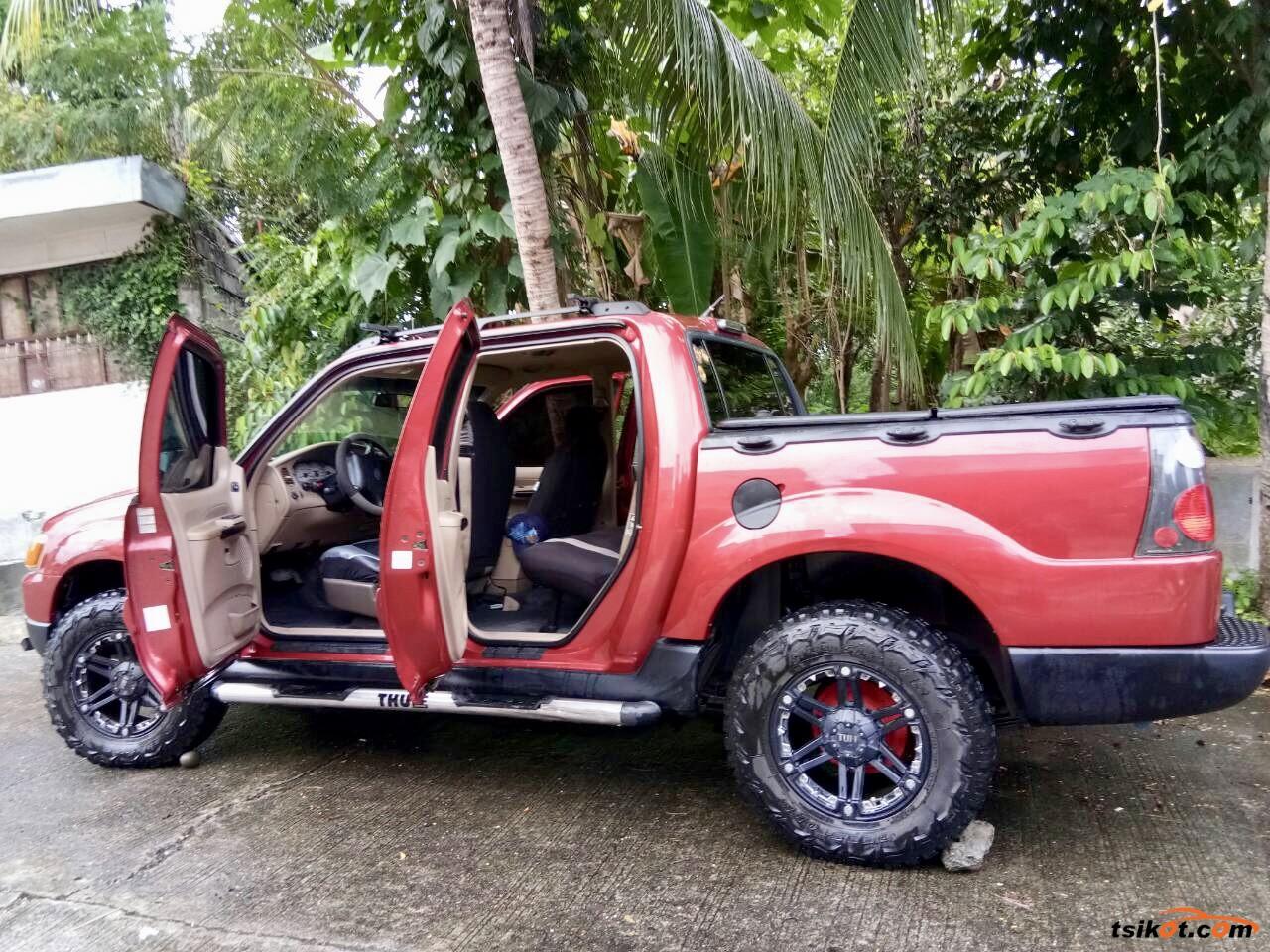 Ford Explorer 2003 - 4