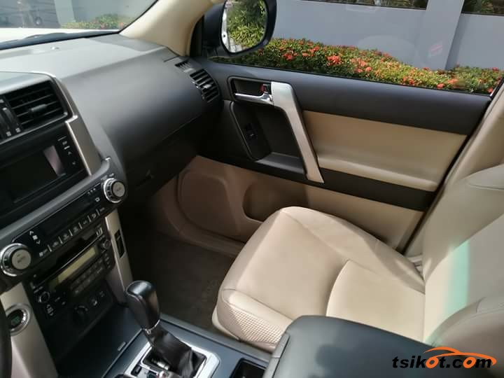 Toyota Land Cruiser Prado 2015 - 7