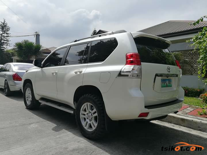 Toyota Land Cruiser Prado 2015 - 9
