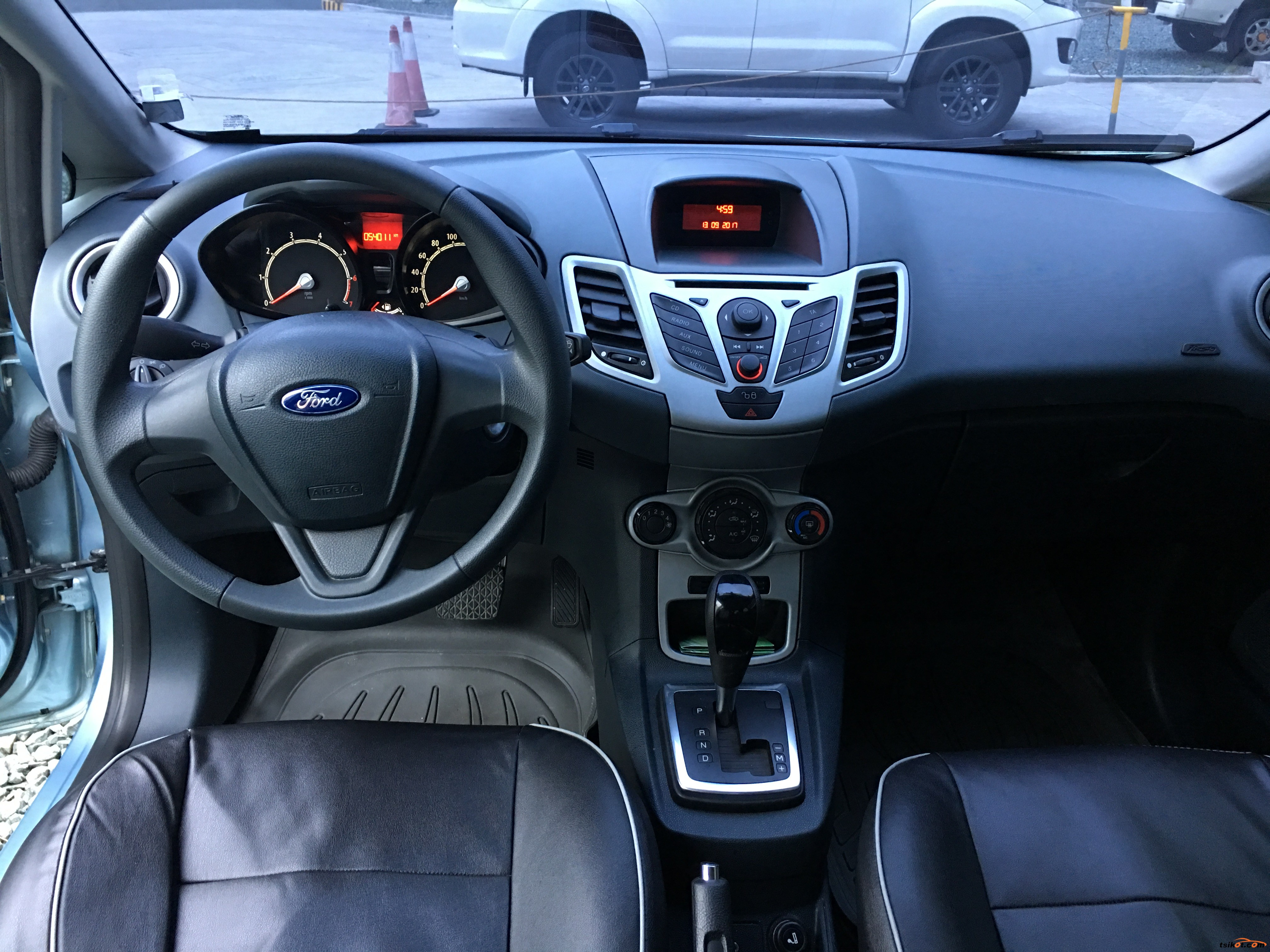 Ford Fiesta 2013 - 6