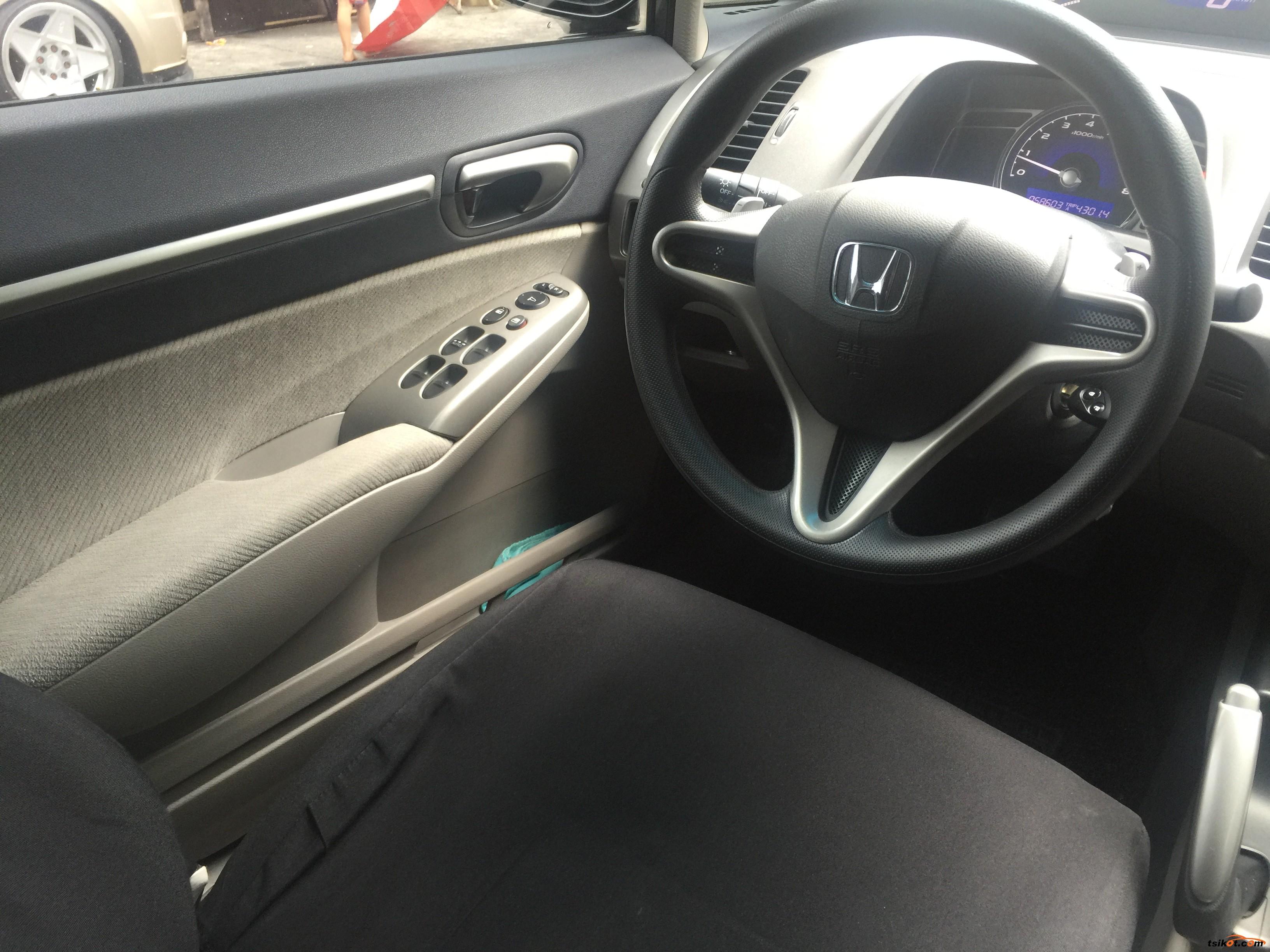 Honda Civic 2010 - 7