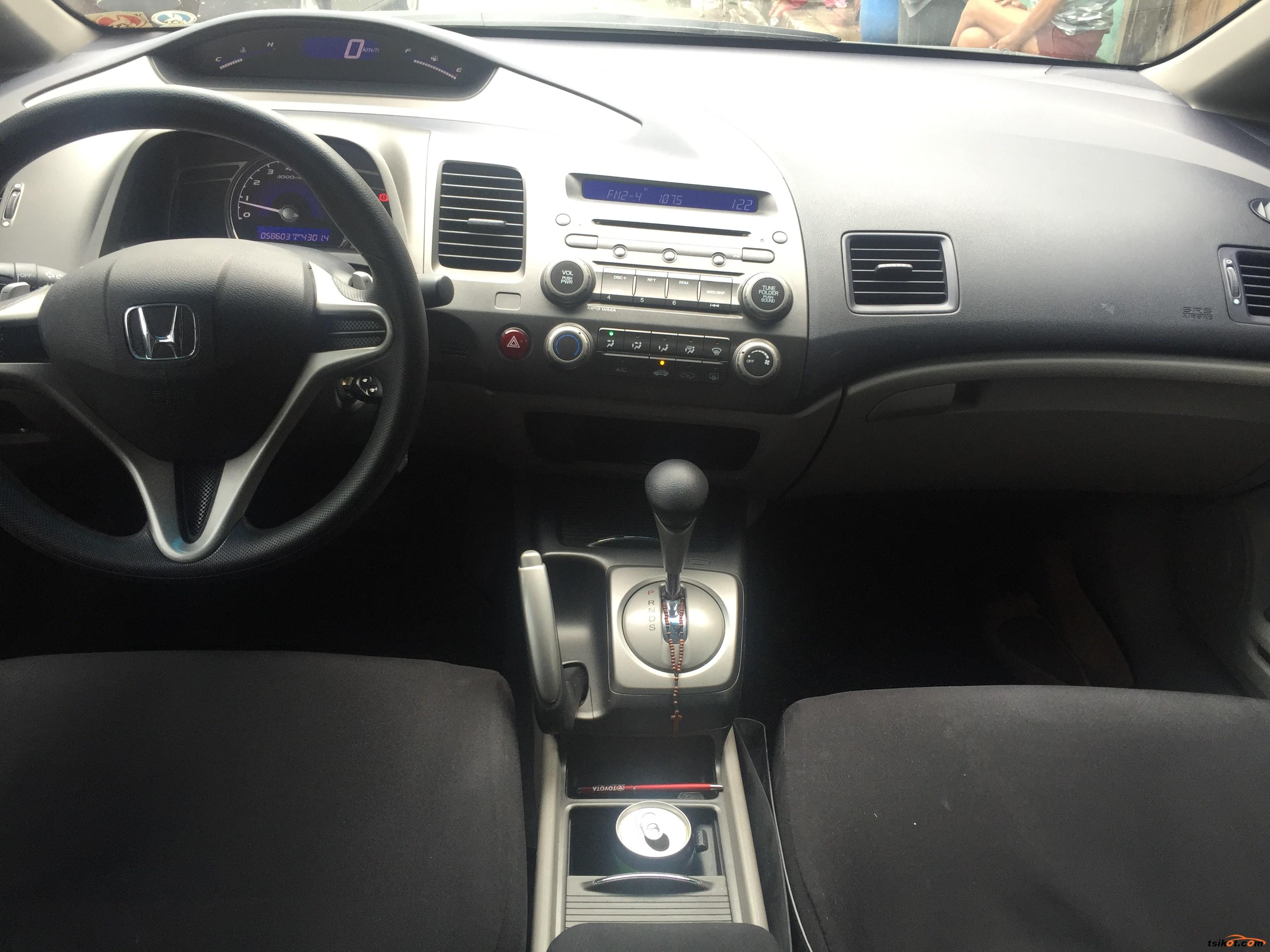 Honda Civic 2010 - 9
