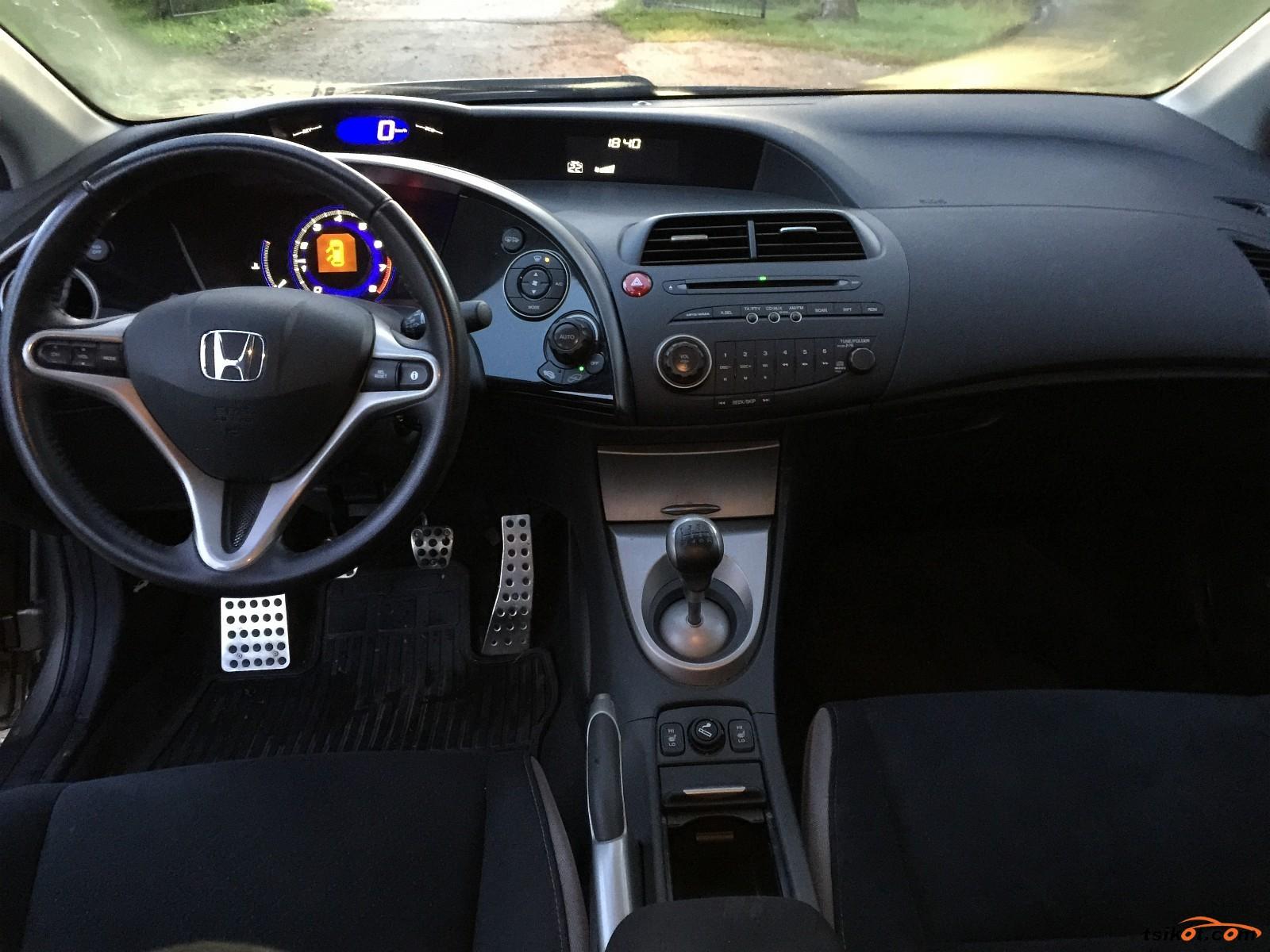 Honda Civic 2009 - 4
