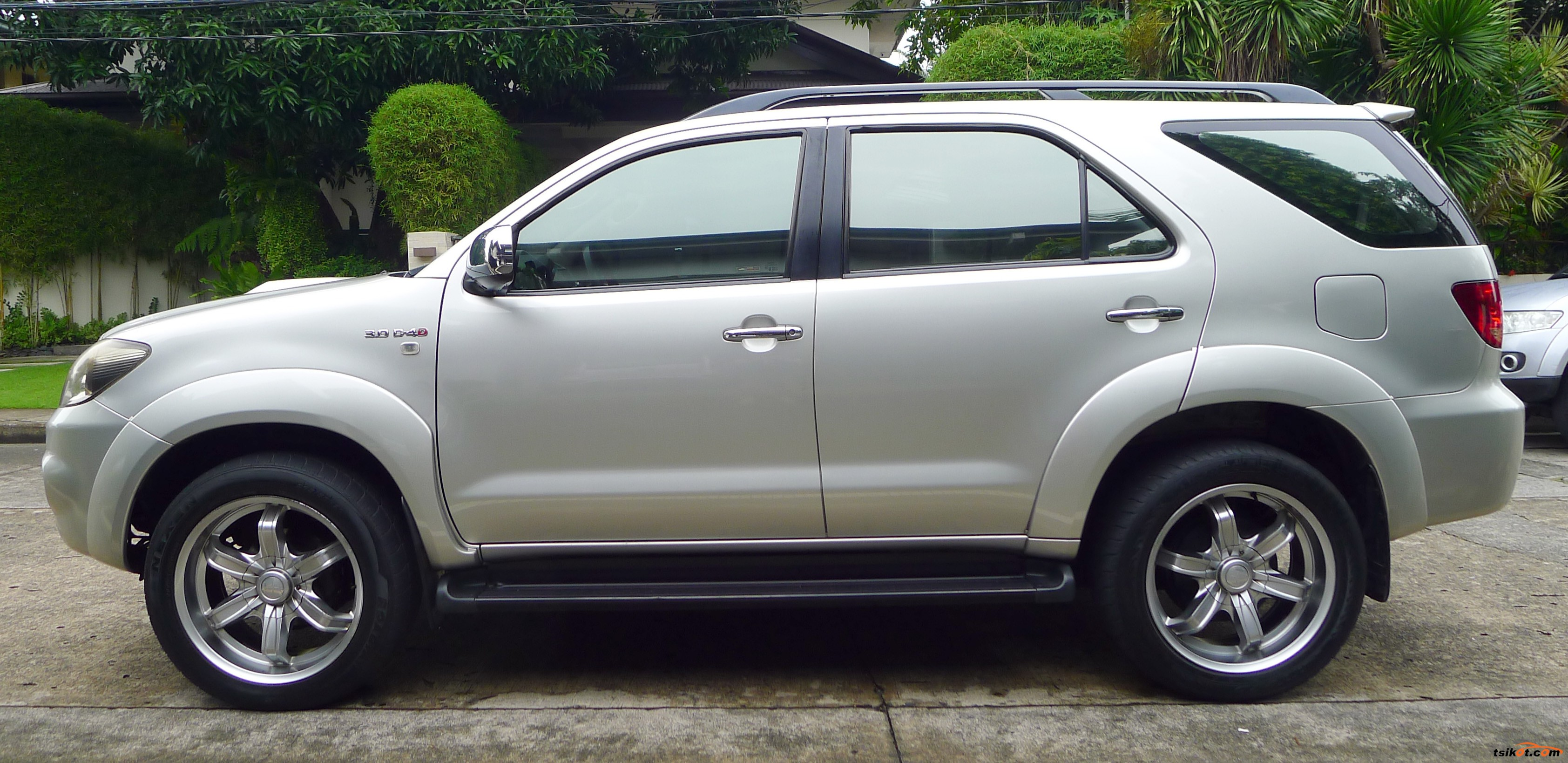 Toyota Fortuner 2005 Car For Sale Metro Manila