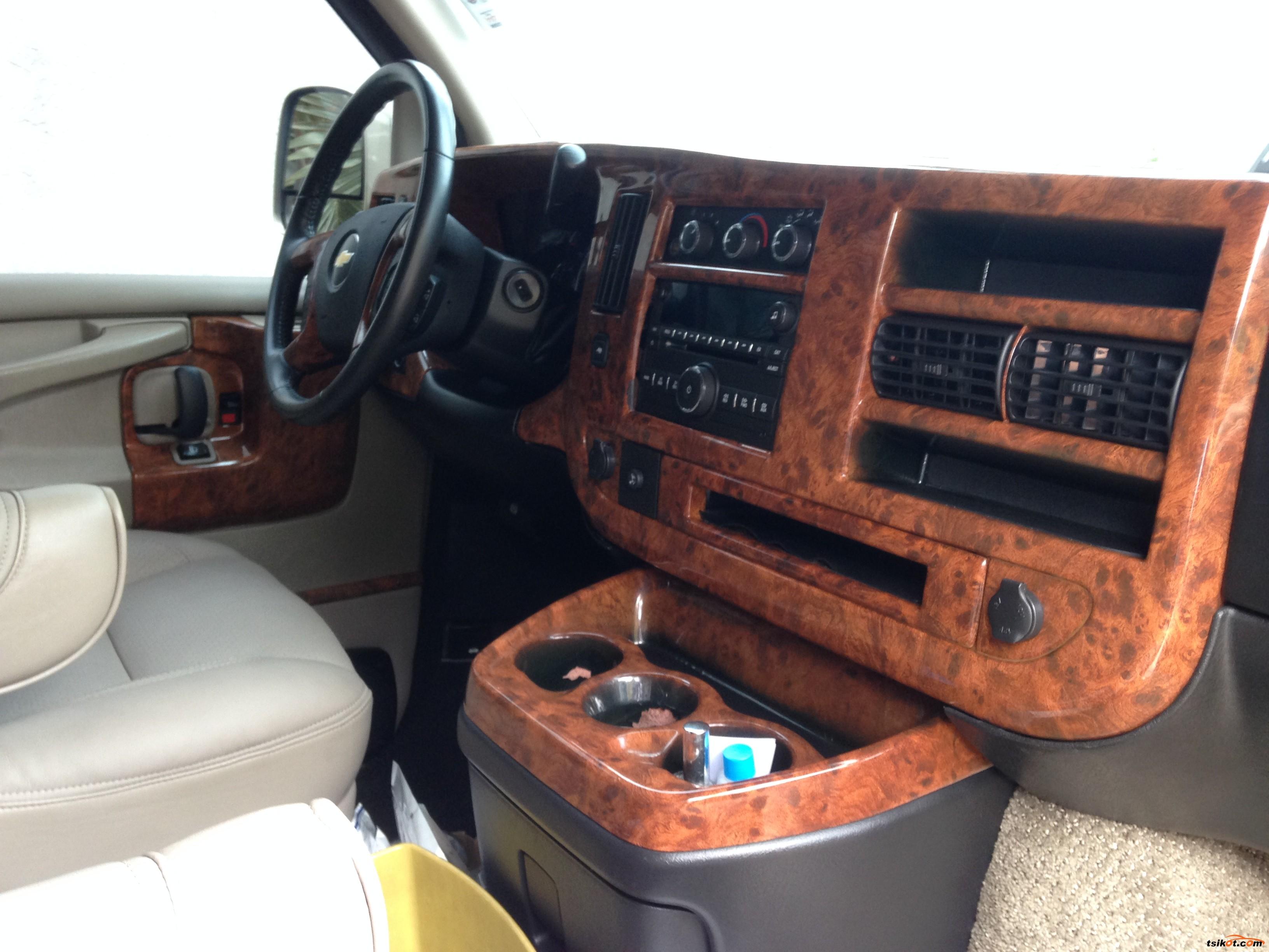Chevrolet Express 2009 - 4