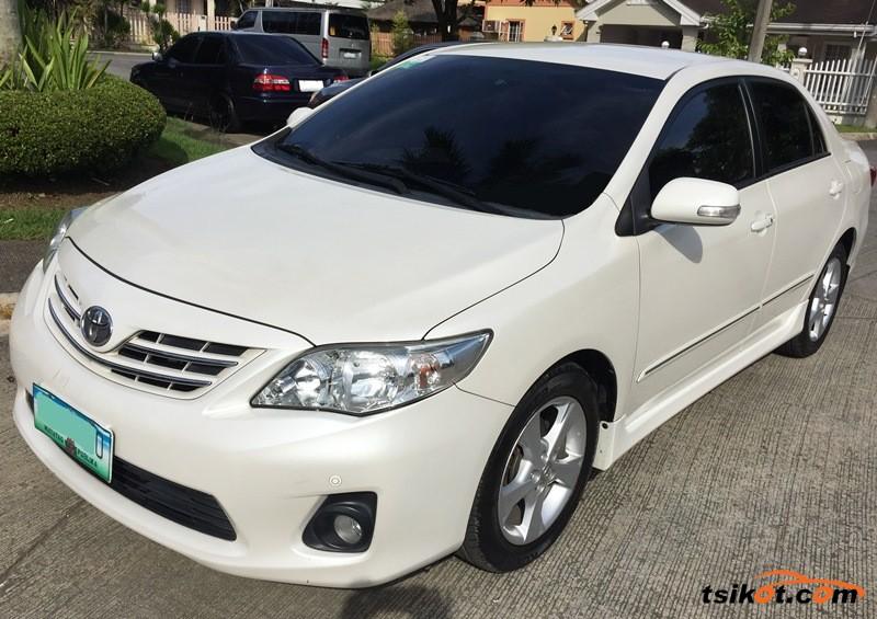 Toyota Corolla 2013 - 1
