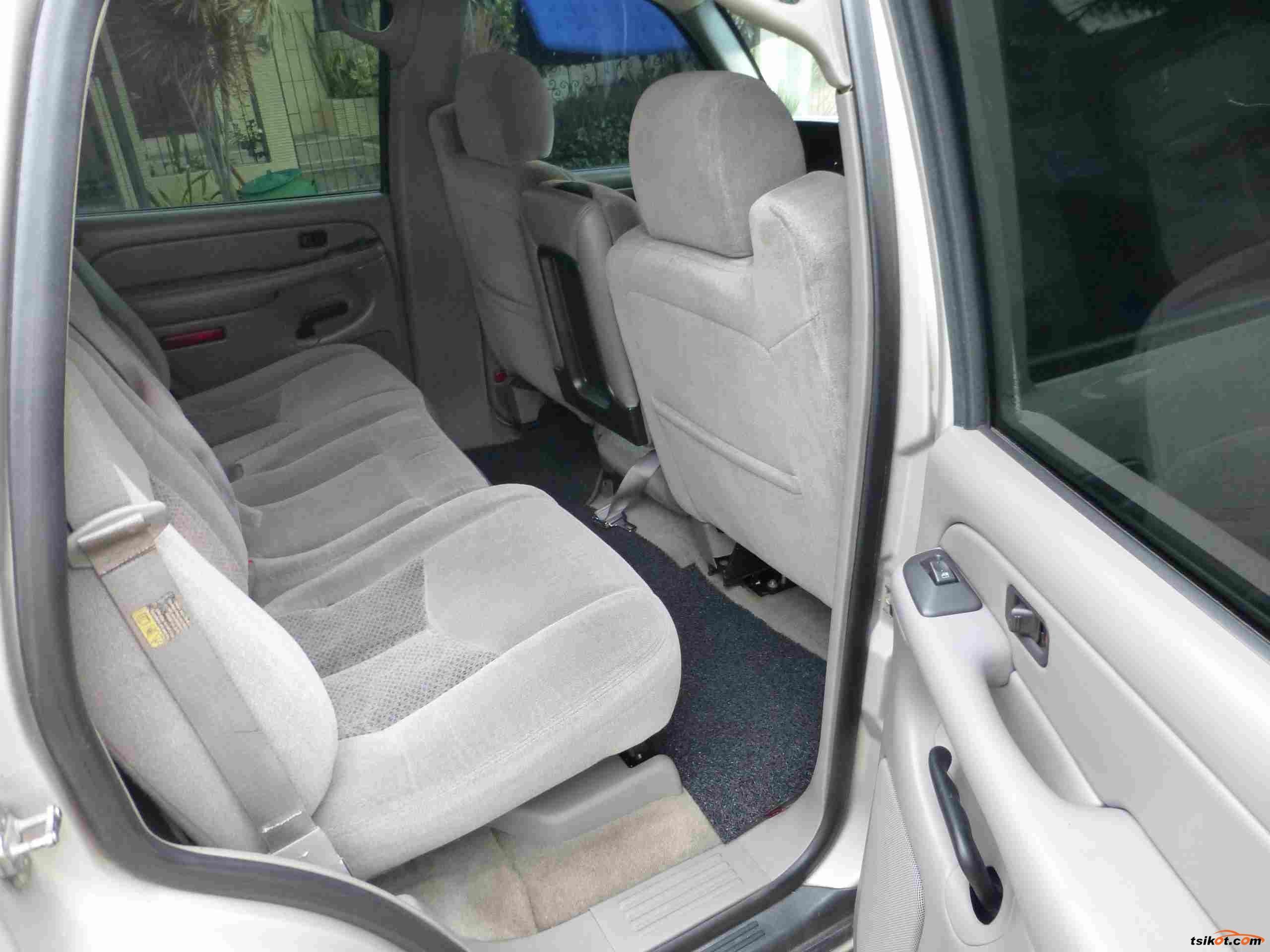 Chevrolet Tahoe 2004 - 9