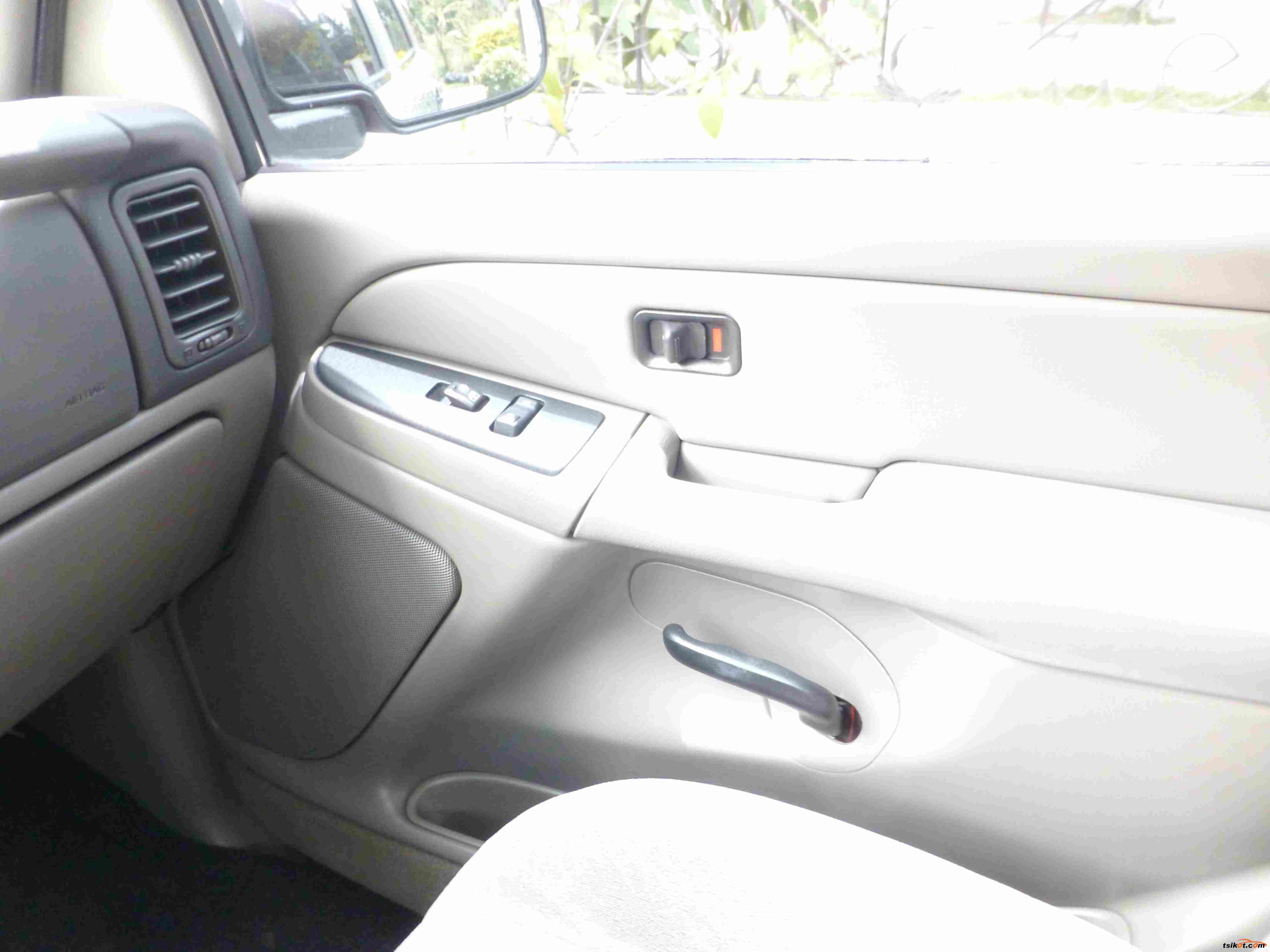 Chevrolet Tahoe 2004 - 8