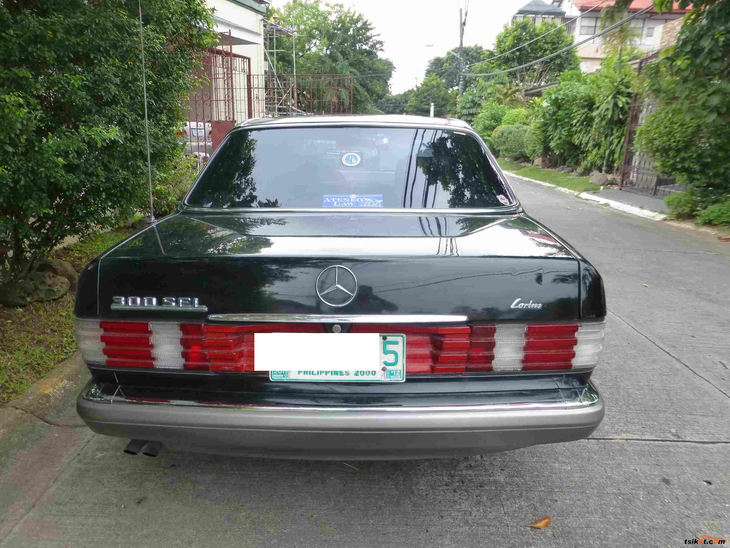 Mercedes-Benz 300 1986 - 2