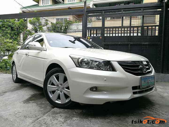 Honda Accord 2012 - 6