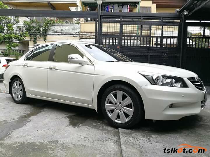 Honda Accord 2012 - 8