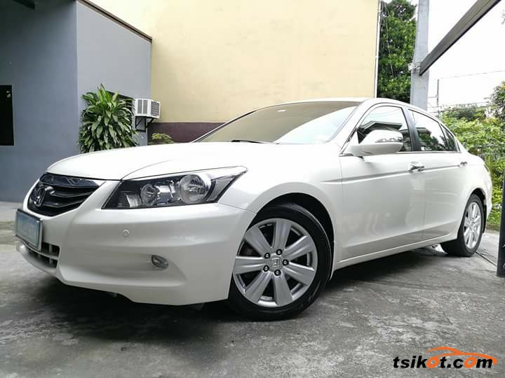 Honda Accord 2012 - 9