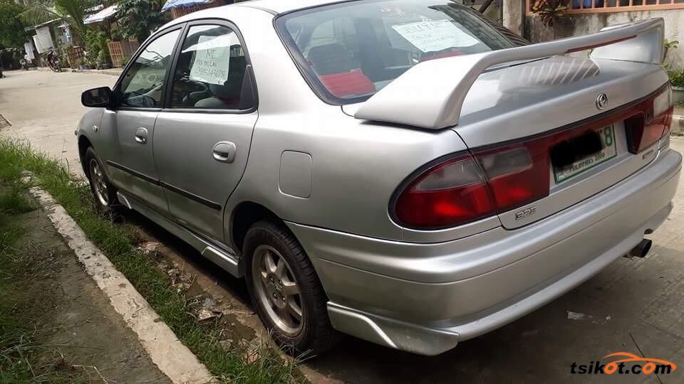 Mazda Familia 1998 - 8