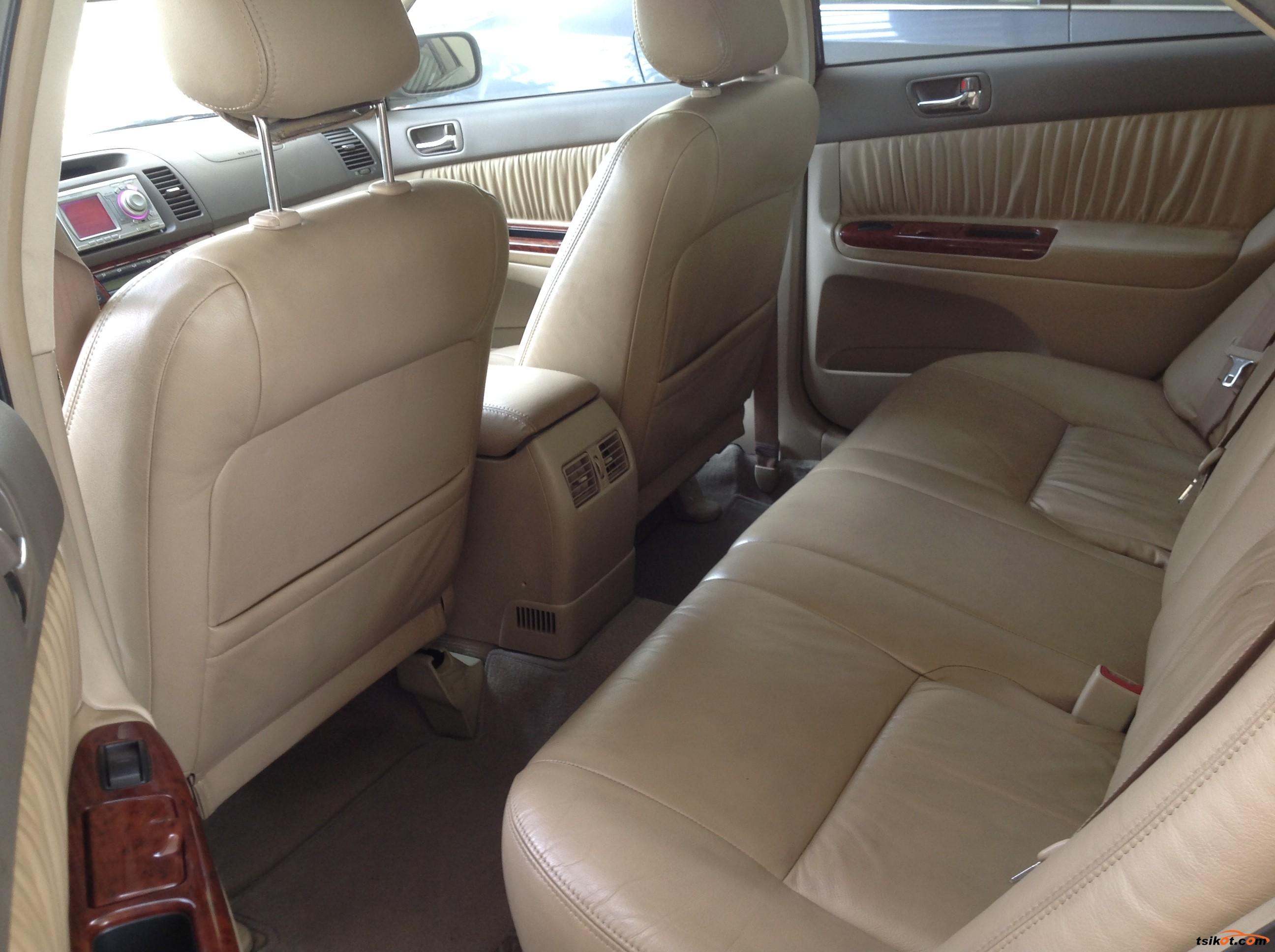 Toyota Camry 2003 - 2