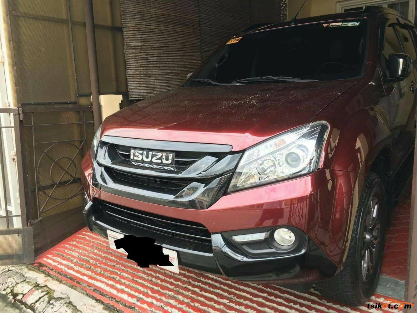 Isuzu Mu-X 2017 - 1