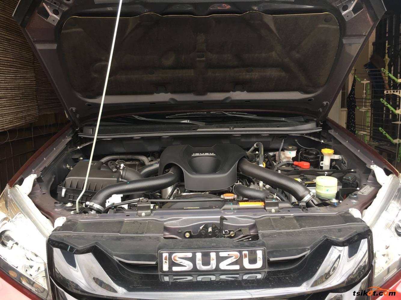 Isuzu Mu-X 2017 - 5