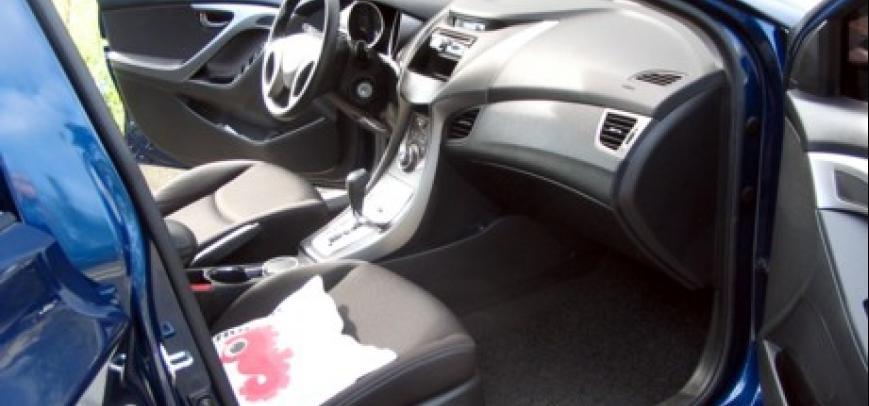Hyundai Elantra 2013 - 15