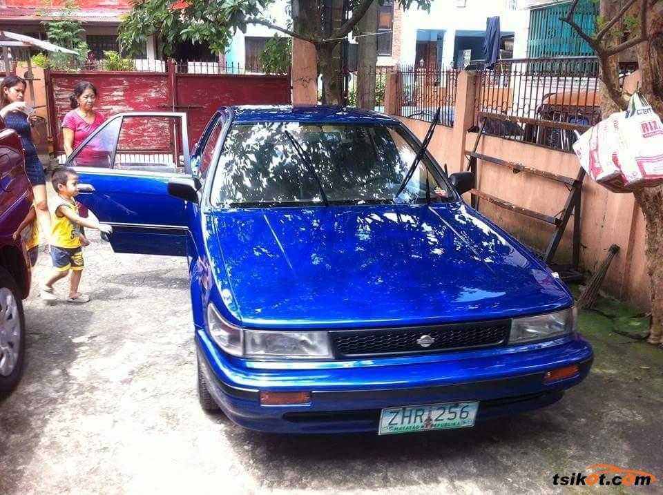 Nissan Bluebird 1990 - 1