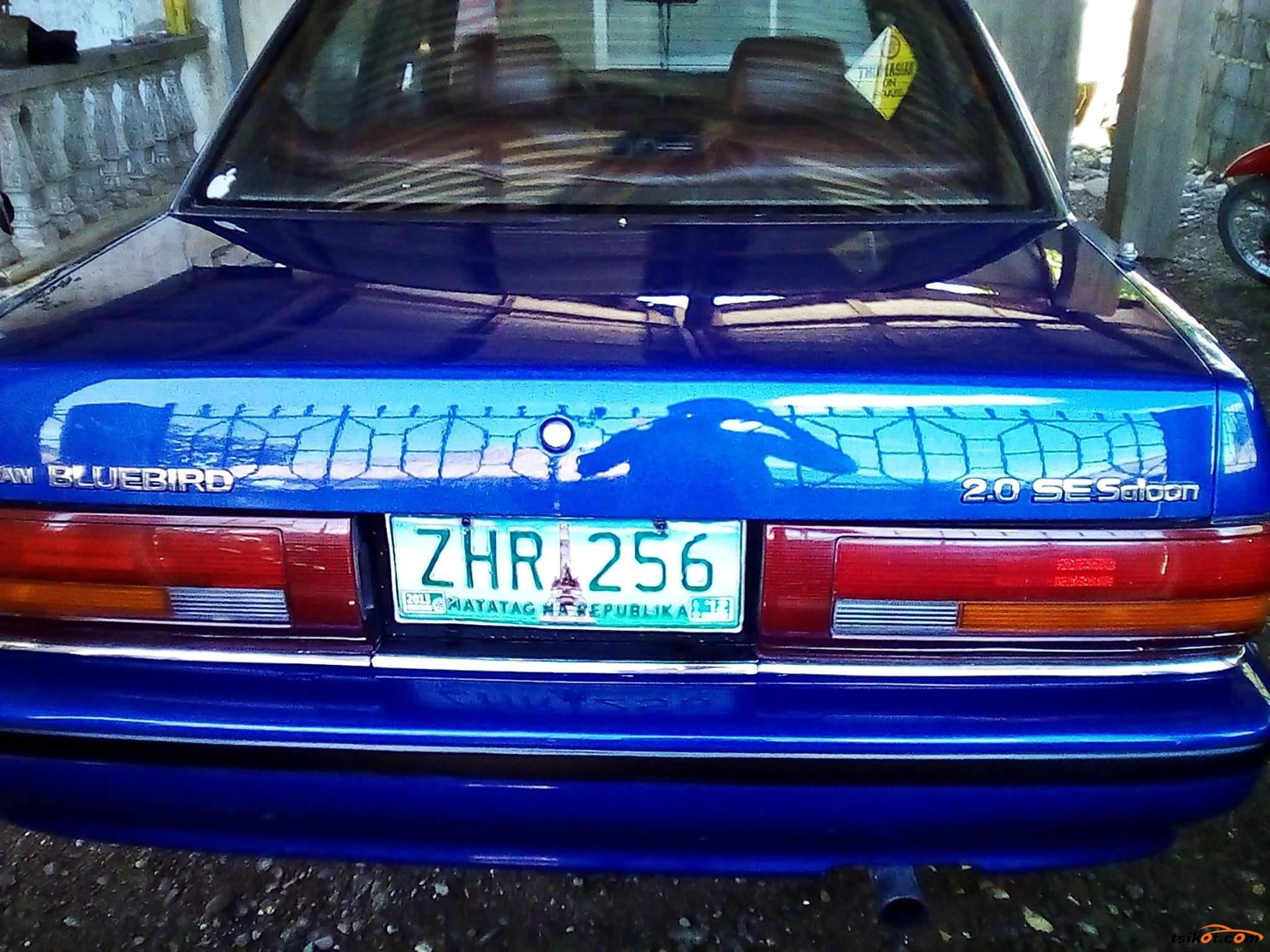 Nissan Bluebird 1990 - 6