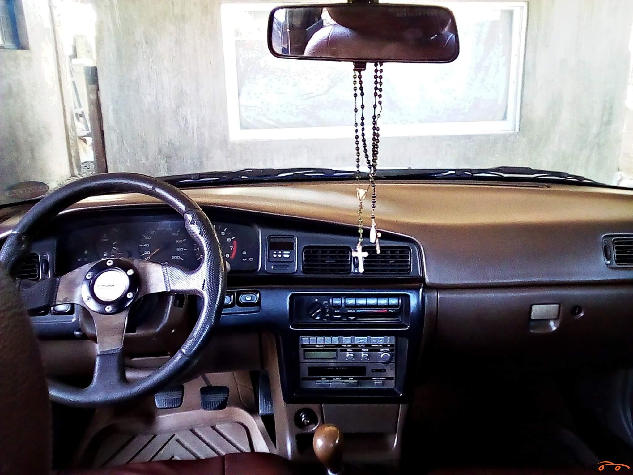 Nissan Bluebird 1990 - 8