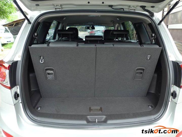 Hyundai Santa Fe 2011 - 7