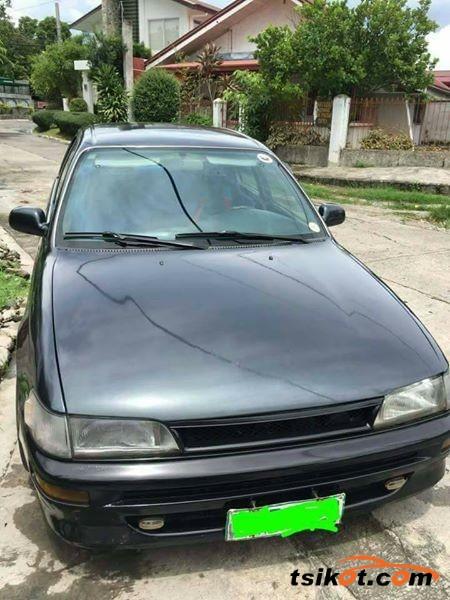 Toyota Corolla 1994 - 9