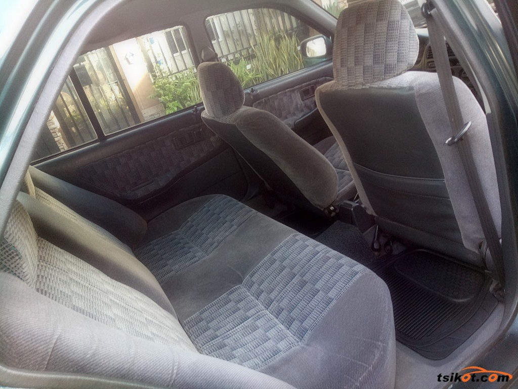 Honda City 2000 - 6