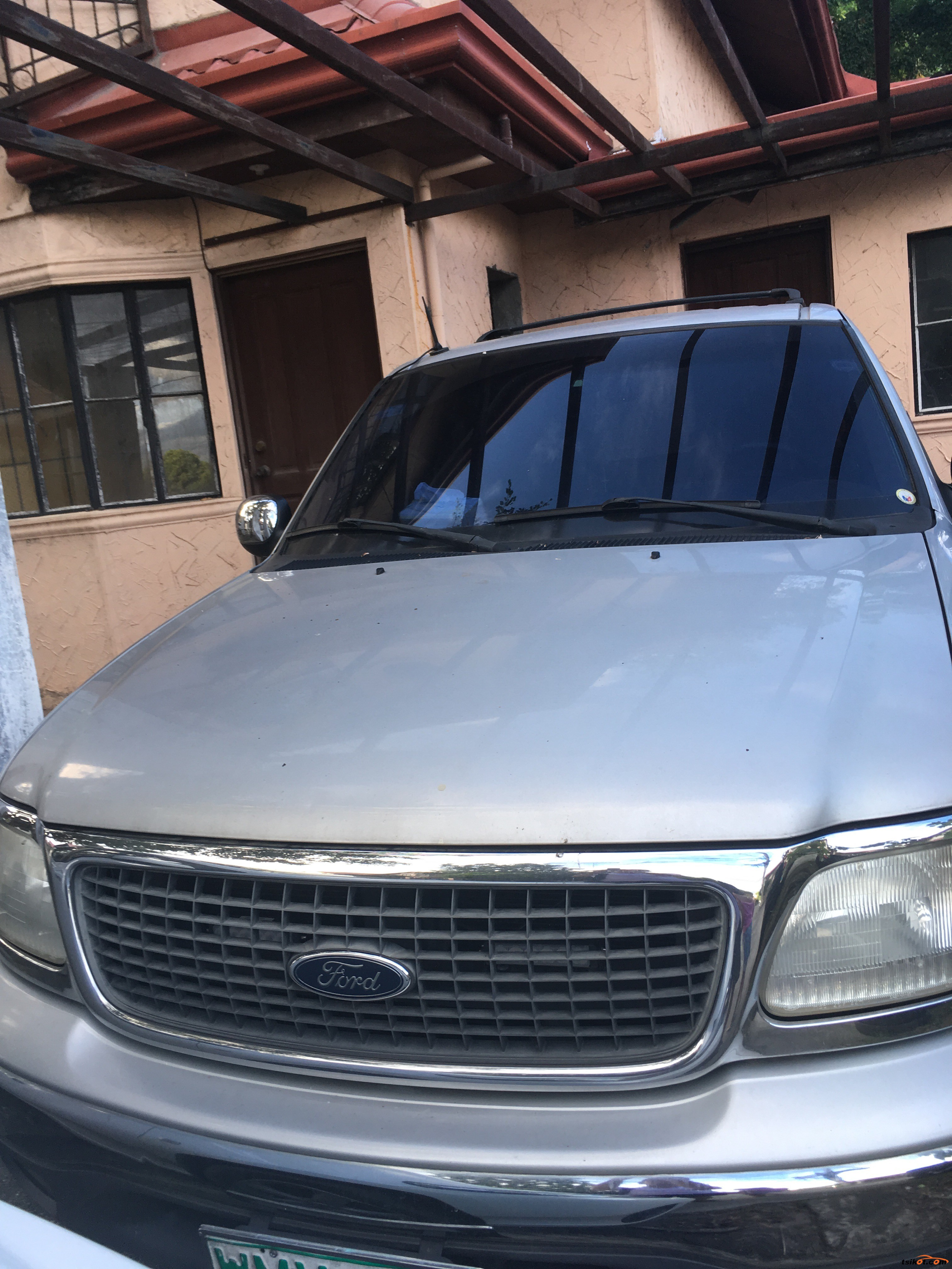 Ford Expedition 2000 - 1