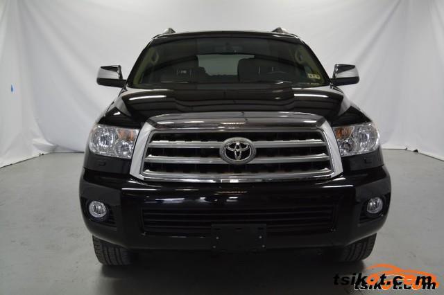 Toyota Sequoia 2012 - 3