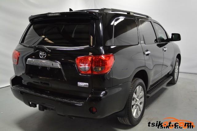 Toyota Sequoia 2012 - 4