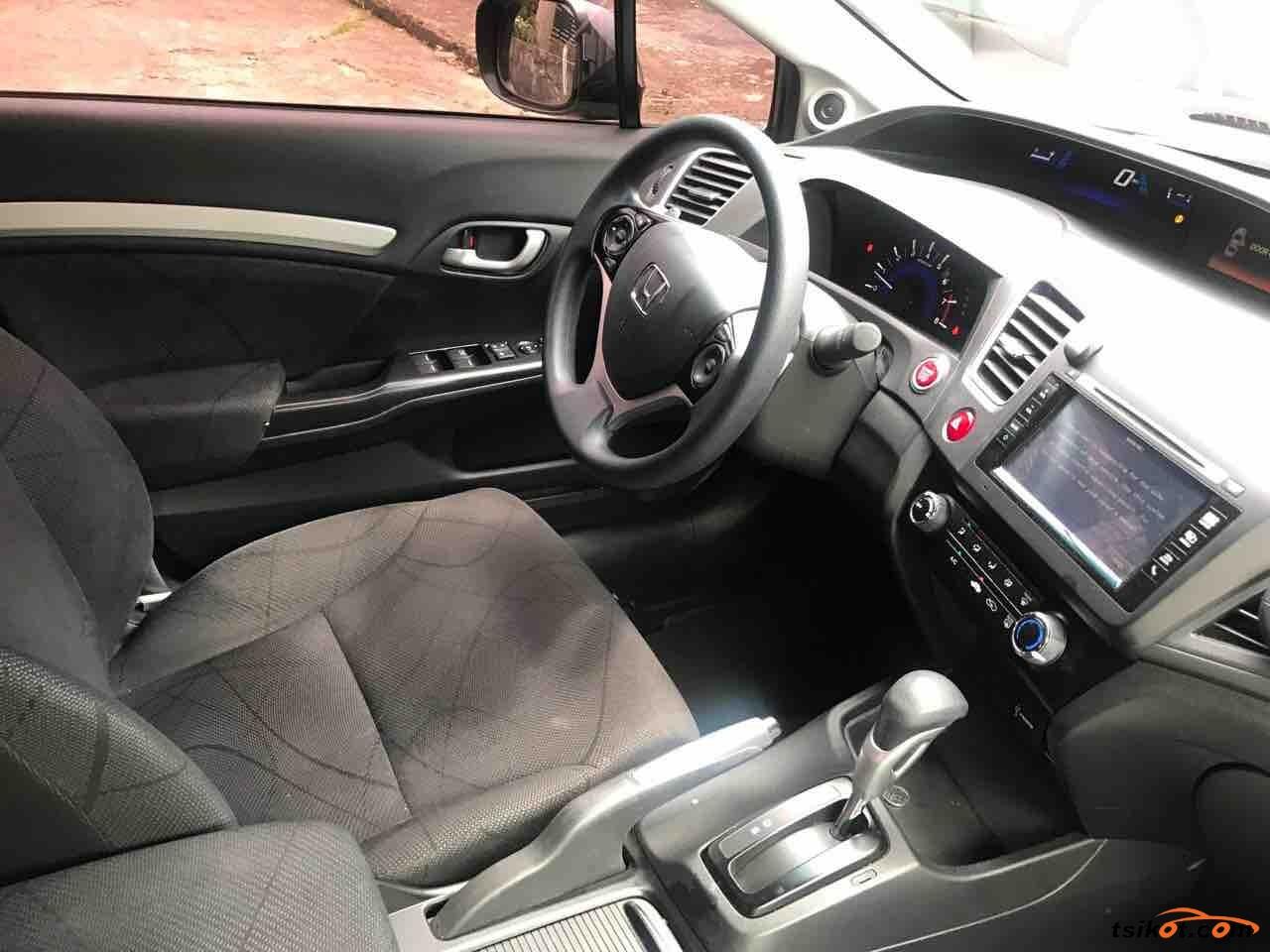 Honda Civic 2015 - 4