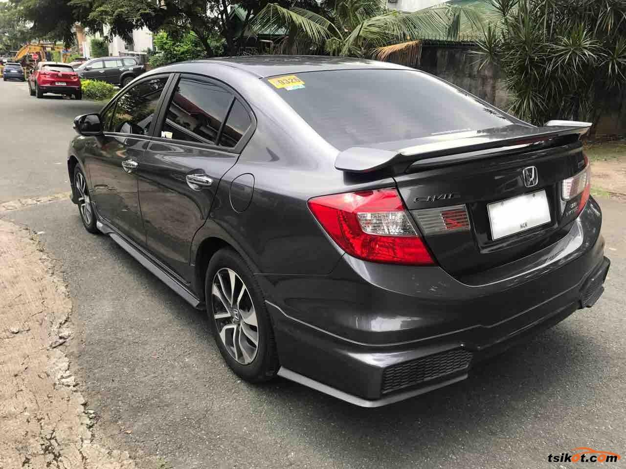 Honda Civic 2015 - 6