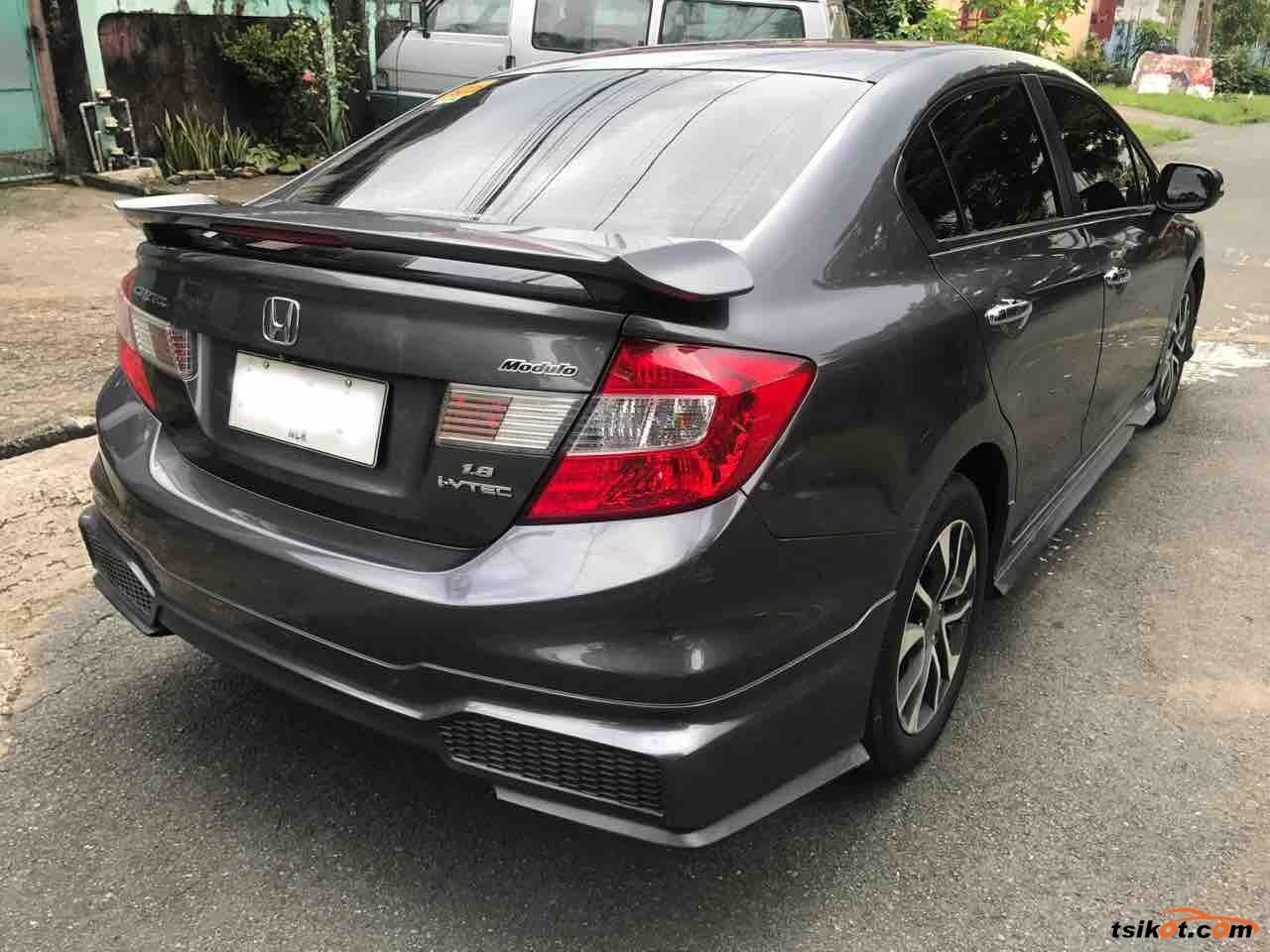 Honda Civic 2015 - 8