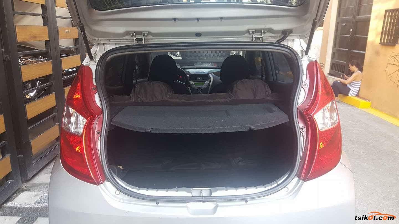 Hyundai Eon 2012 - 6