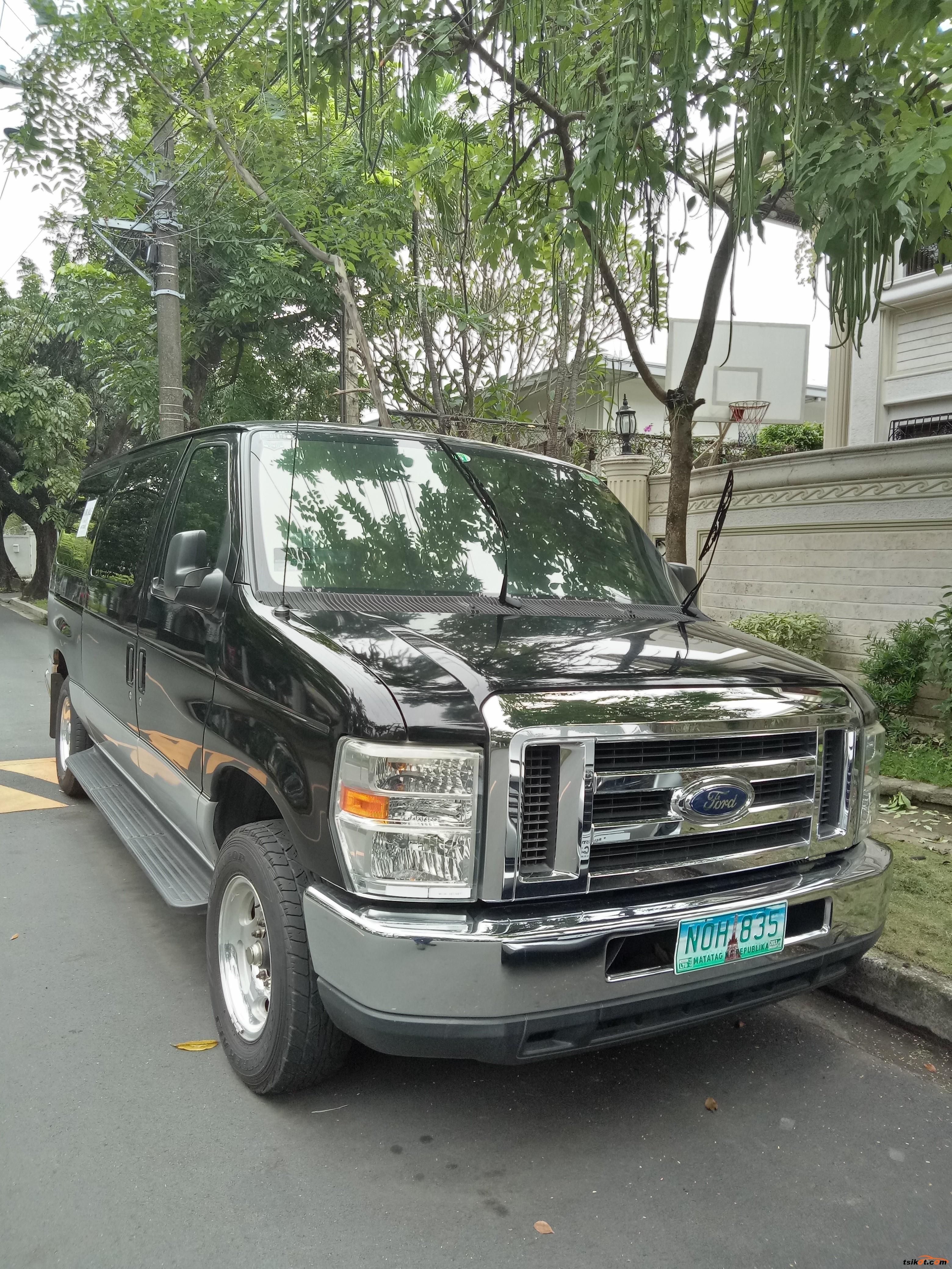 Ford E-150 2010 - 1